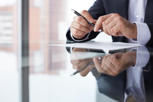 Avocat rédaction contrats Pontoise